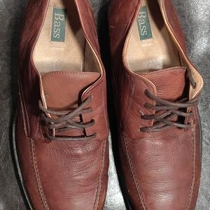 Bass brown dress shoes... Size 13